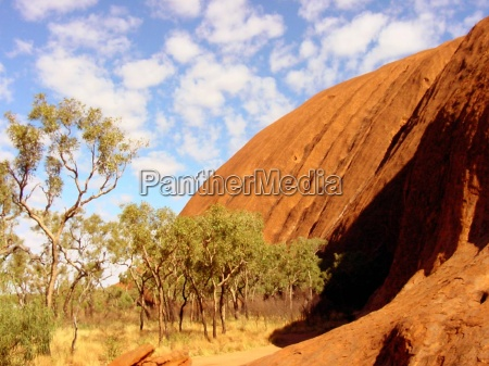 ayers rock in detail