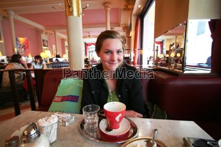viennese coffeehouse scene