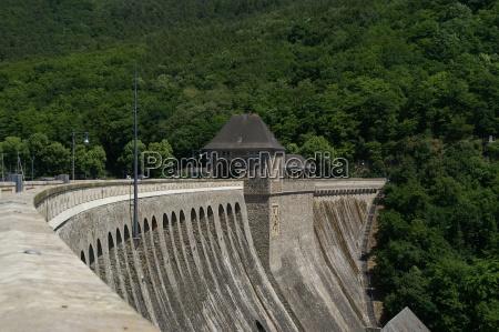 wall hesse dam lock barrage forest
