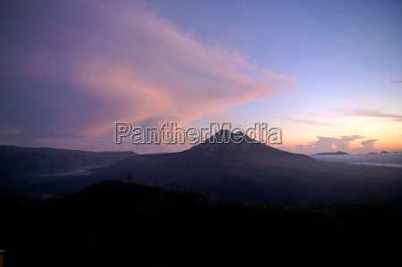bali gunung batur before sunrise