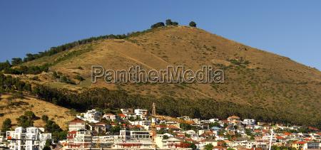 hermoso bueno ciudad metropoli rural montanyas