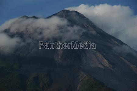 tomorrow light vulcan volcano clouds arenal