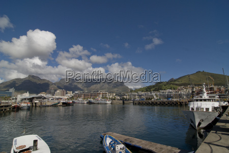 waterfront with table mountain