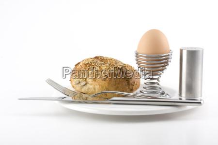 broetchen ei besteck