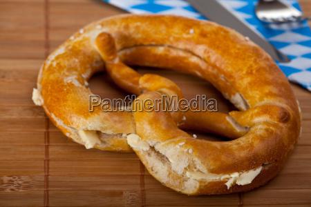 bayerische butterbrezel