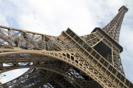 eiffel towerparis