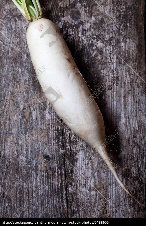 radish, on, a, wooden, board - 5188605