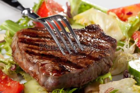 fork, on, a, grilled, steak - 6067875