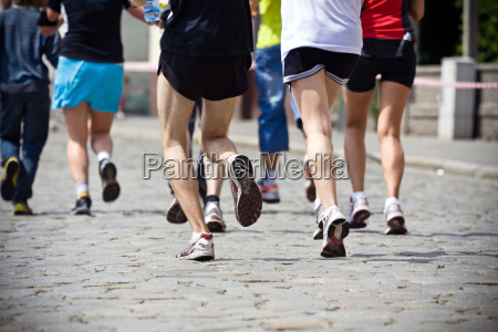 povos que funcionam na maratona na