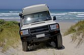 sandduenenueberquerung an der warren beachwestaustralien