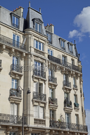 house building paris france facade style