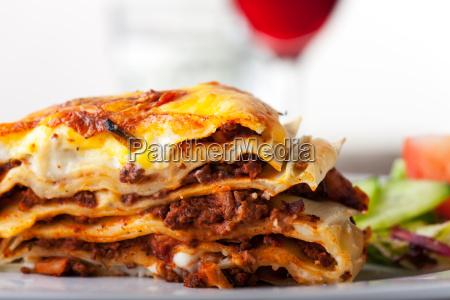 lasagne ein italienisches pasta gericht