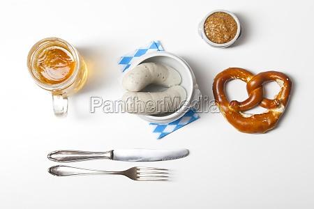 bayerische weisswurst mit breze