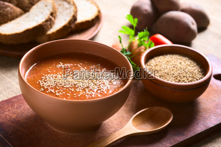 cream of vegetable soup with sesame