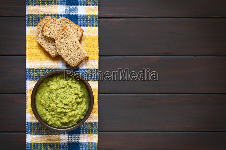 zucchini and parsley spread
