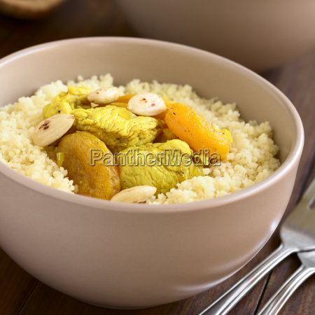 chicken and dried apricot stew on