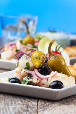 griechischer tintenfischsalat