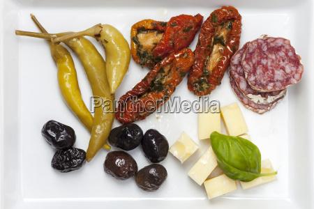 closeup von italienischen antipasti