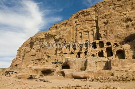 the royal tombs of petra unesco