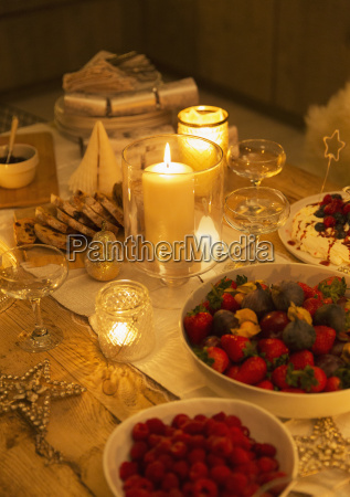 food, and, decorations, on, candlelight, christmas - 19399226