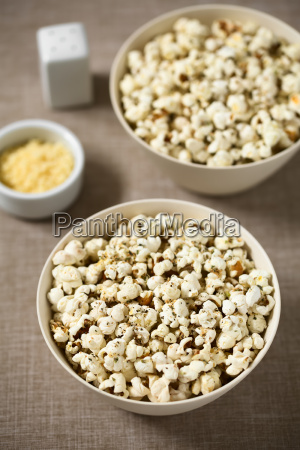 popcorn, with, cheese, , garlic, and, oregano - 19825561