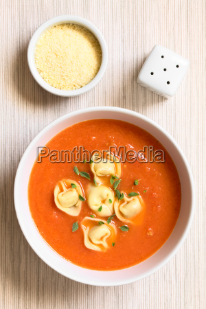 tomato, soup, with, tortellini - 19825489