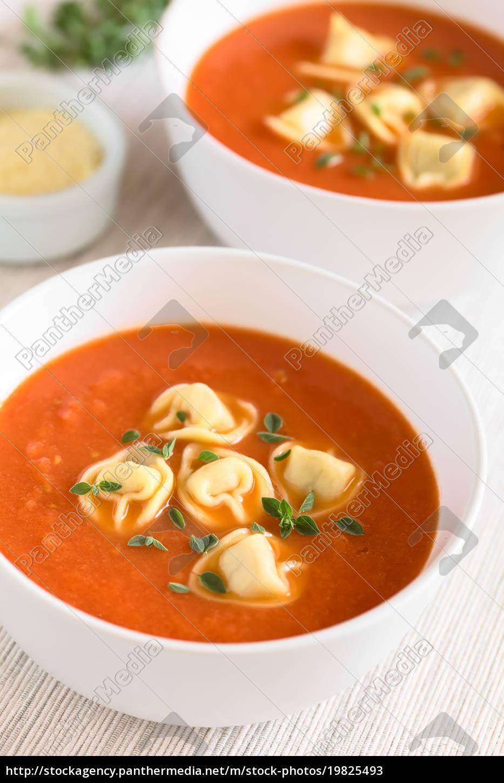 tomato, soup, with, tortellini - 19825493