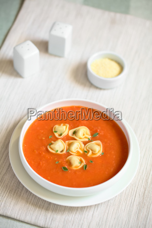 tomato, soup, with, tortellini - 19825503