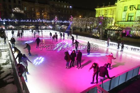 city, skating, rink, in, zagreb - 19864278