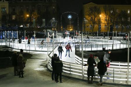 ice, park, in, zagreb - 19864284