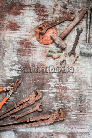 the set of construction tools on