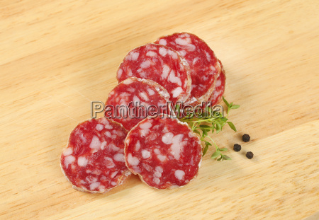 alimento salsicha picante gourmet seco salame