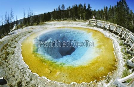morning glory pool a geothermal pool