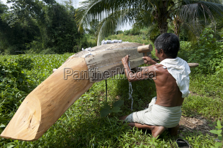 a man from rangamati makes a