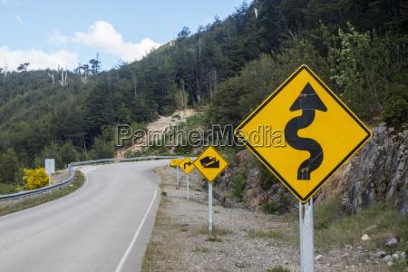verkehrszeichen auf der carretera austral