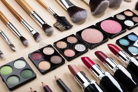 tuberia tubo lapiz labial productos cosmeticos